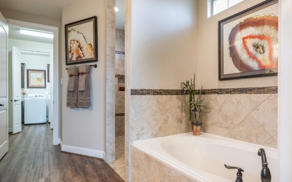 Villas at White Oak Master Bathroom