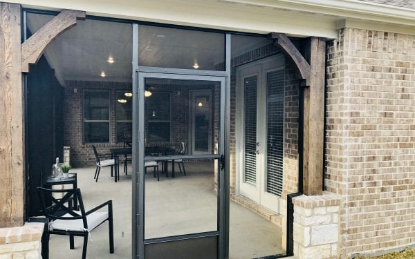 Villas at White Oak Outdoor Screened Entertainment Space