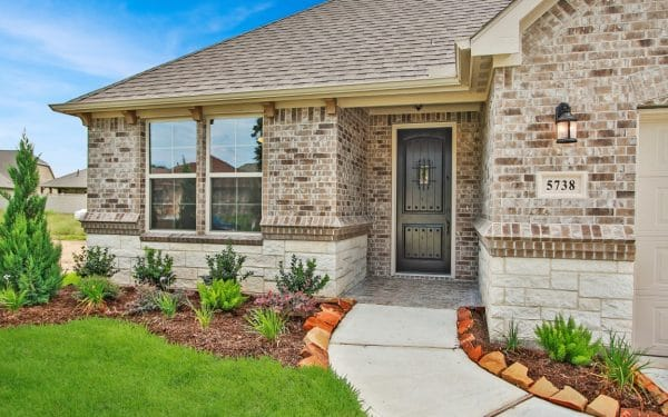 Villas at White Oak Lakeside Brick Home