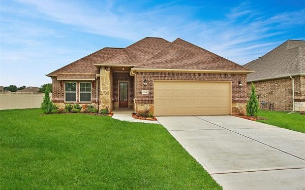 New Home in Conroe, TX - 12218 Forest Villas Lane