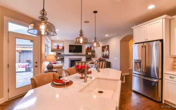 55+ Community Home Portico with WoodTile